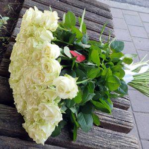 букет 51 біла троянда в Хмельницькому фото