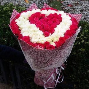 букет в форме сердца 101 роза