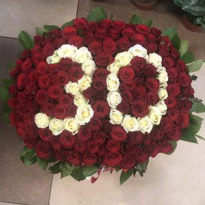 букет на юбилей 101 роза с числами в корзине Хмельницкий