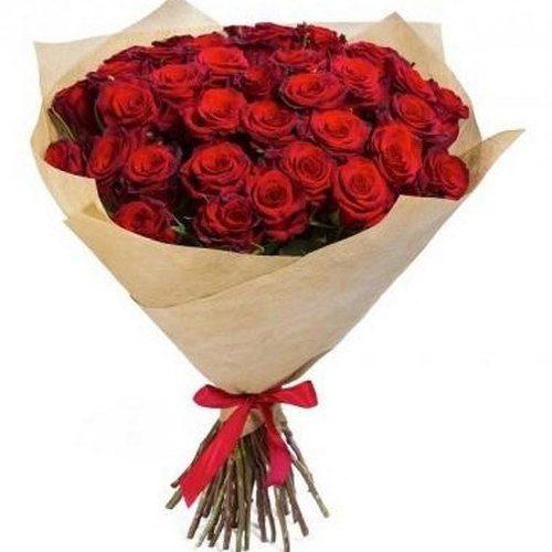 букет 35 червоних троянд