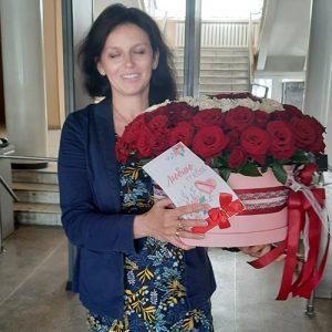 101 червона троянда в капелюшній коробці Хмельницький