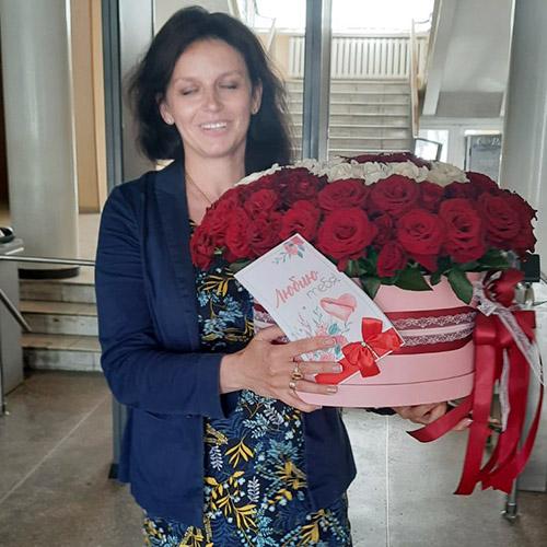 101 роза в коробке фото доставки в Хмельницком
