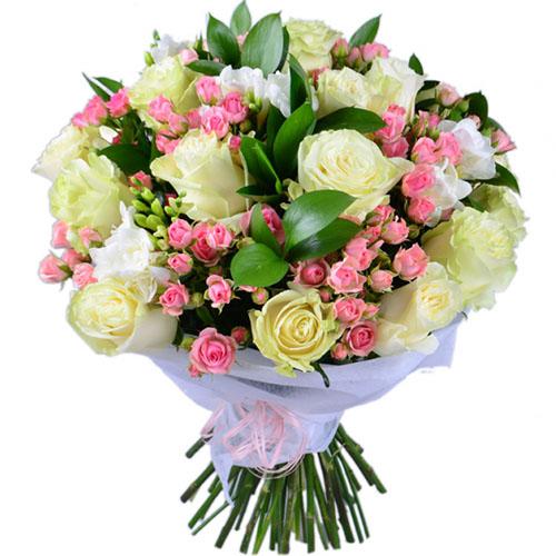 """Букет """"Бело-Розовый"""" розы кустовые и обычные"""