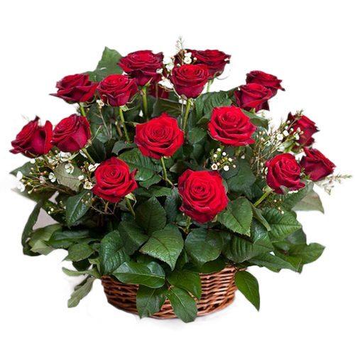 фото букета 21 червона троянда в кошику