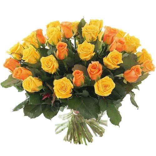 букет 51 желтая и кремовая роза фото