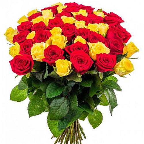 букет цветов 51 роза красная и желтая