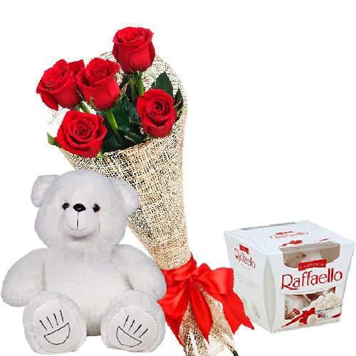 """подарок с доставкой Мишка с букетом роз и """"Рафаэлло"""""""