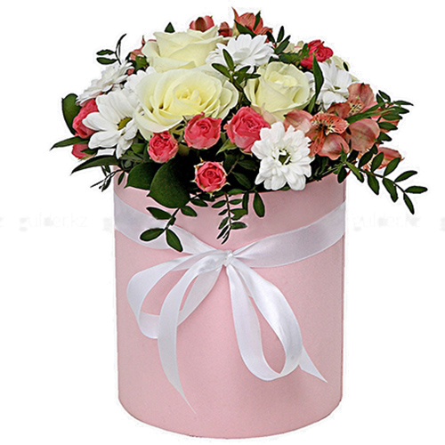 "Шляпная коробочка ""Розовая"" микс цветов"