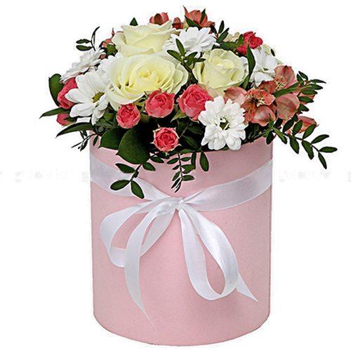 """Капелюшна коробочка """"Рожева"""" мікс букет"""