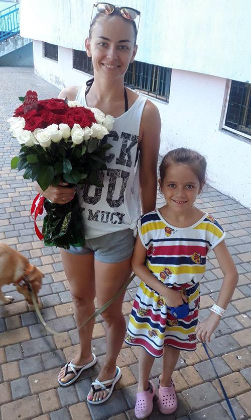 фото доставки 51 роза в форме сердца в Хмельницком